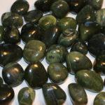 jade (medium, tumbled)
