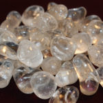 clear quartz (medium, tumbled)