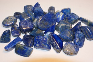 lapis lazuli (medium, tumbled)