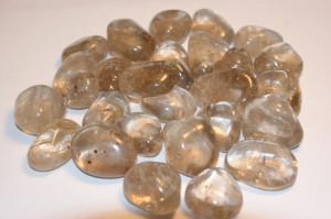 smoky quartz (medium, tumbled)
